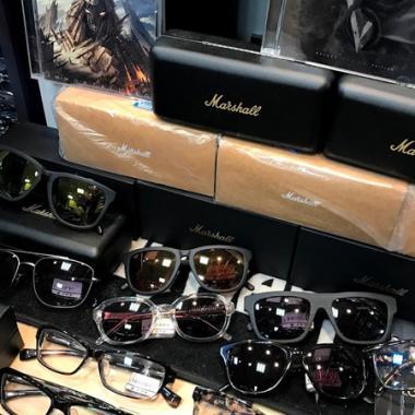 森メガネ店